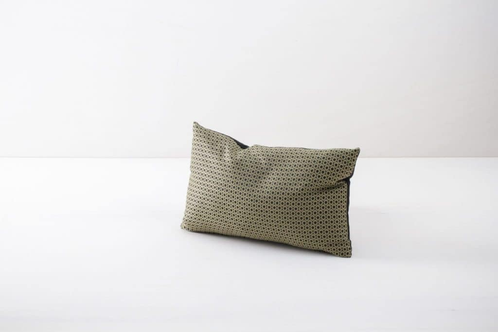 Pillow Roldan 30x45 | Soft pillows made of cotton. Several colours and patterns to combine. | gotvintage Rental & Event Design
