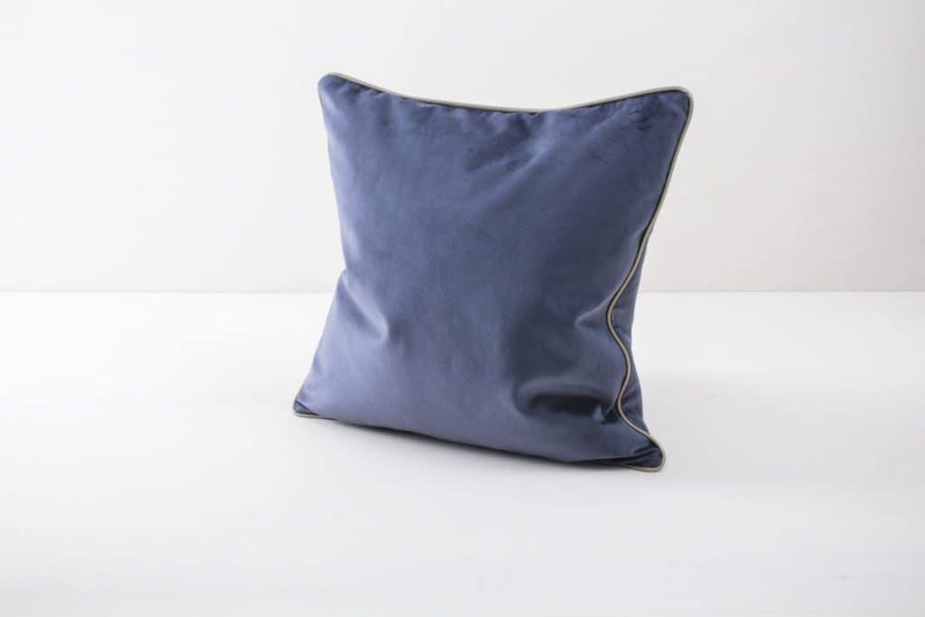 Pillow Sebastian Velvet Blue 50x50   Soft velvet pillows made from cotton. Several colours to combine such as velvet pillows Marina in blush, blue and pink.   gotvintage Rental & Event Design
