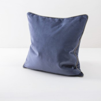 Pillow Sebastian Blue 50x50 | Soft velvety pillows made of cotton. Several colours and patterns to combine. | gotvintage Rental & Event Design