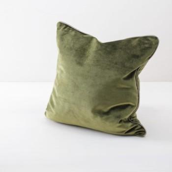 Kissen Sebastian Grün 50x50 | Weiche Kissen mit samtiger Oberfläche aus Baumwolle. Verschiedene Farben und Muster zum Kombinieren. | gotvintage Rental & Event Design