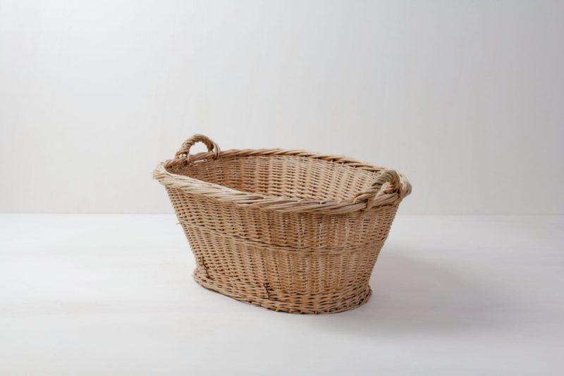 Rattan Basket Bernado | Rattan basket for arranging accessories such as blankets and pillows. | gotvintage Rental & Event Design