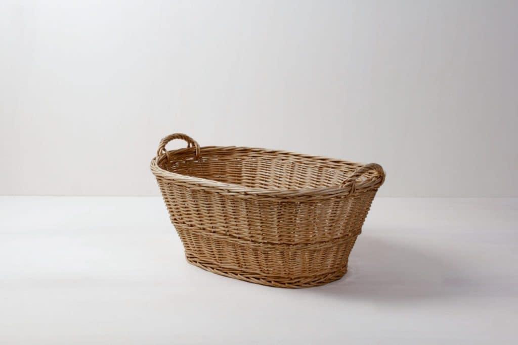 Wäschekorb Borja | Wäschekorb zum Arrangieren von Decken, Kissen oder Goodie-Bags. | gotvintage Rental & Event Design