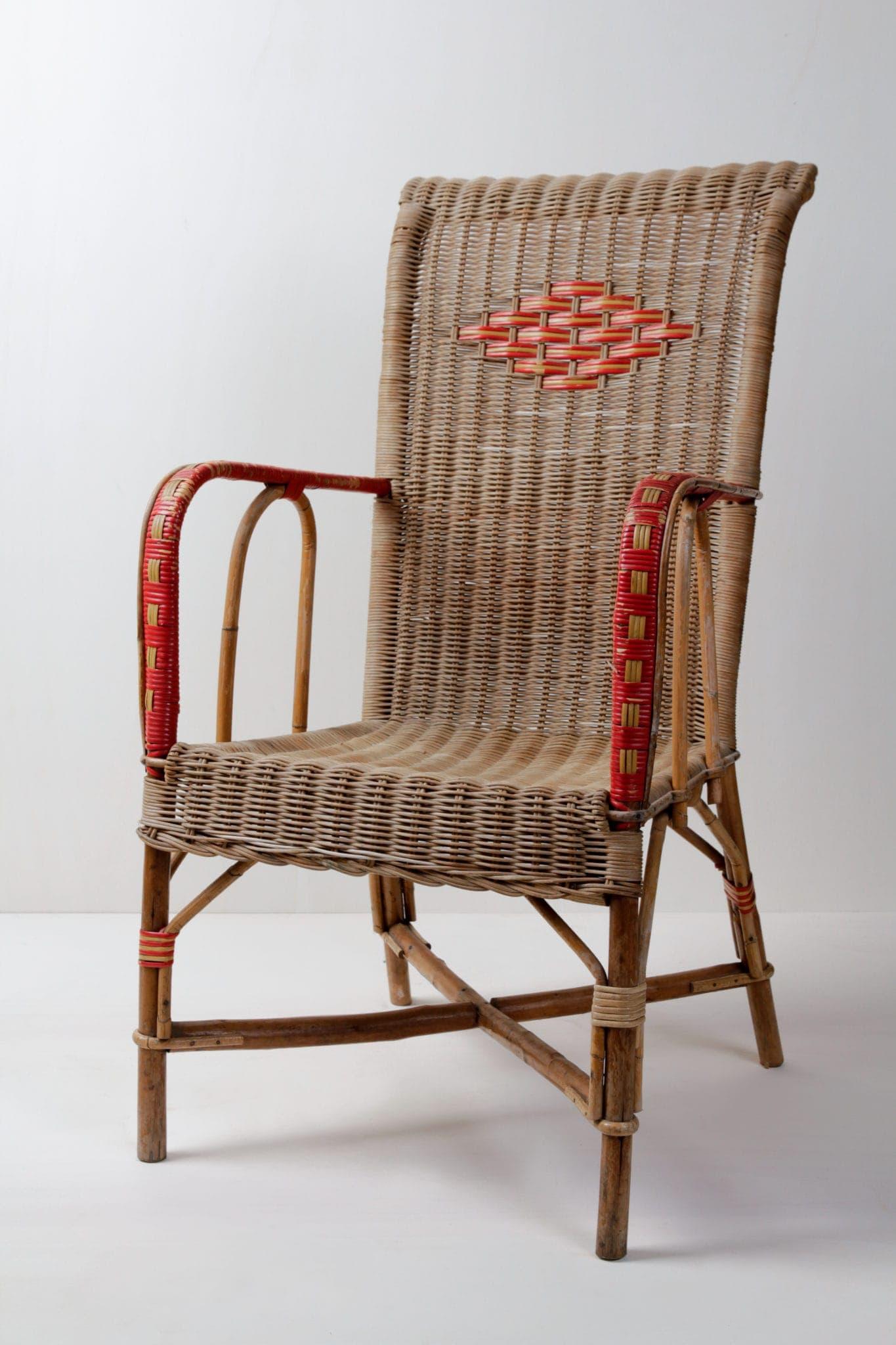 Stühle aus Metall, Rattan, Korb, Holz zu mieten