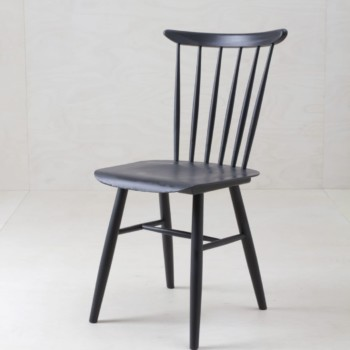 Vintage spindle chairs, matt black, seating, event decoration