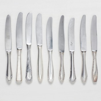Starter Knife Antonia Silver-Plated Mismatching | Vintage starter knives, silver-plated cutlery with nice patina, various patterns. | gotvintage Rental & Event Design