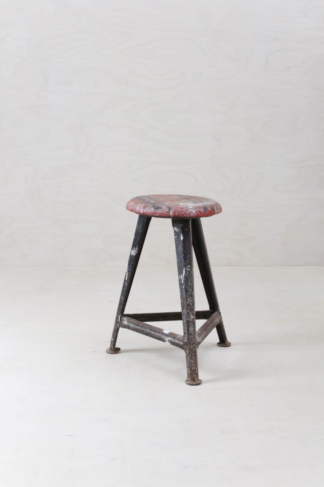 Hocker Alarico Vintage Rowac | Original Rowac Hocker für den beliebten Industrial Look. | gotvintage Rental & Event Design