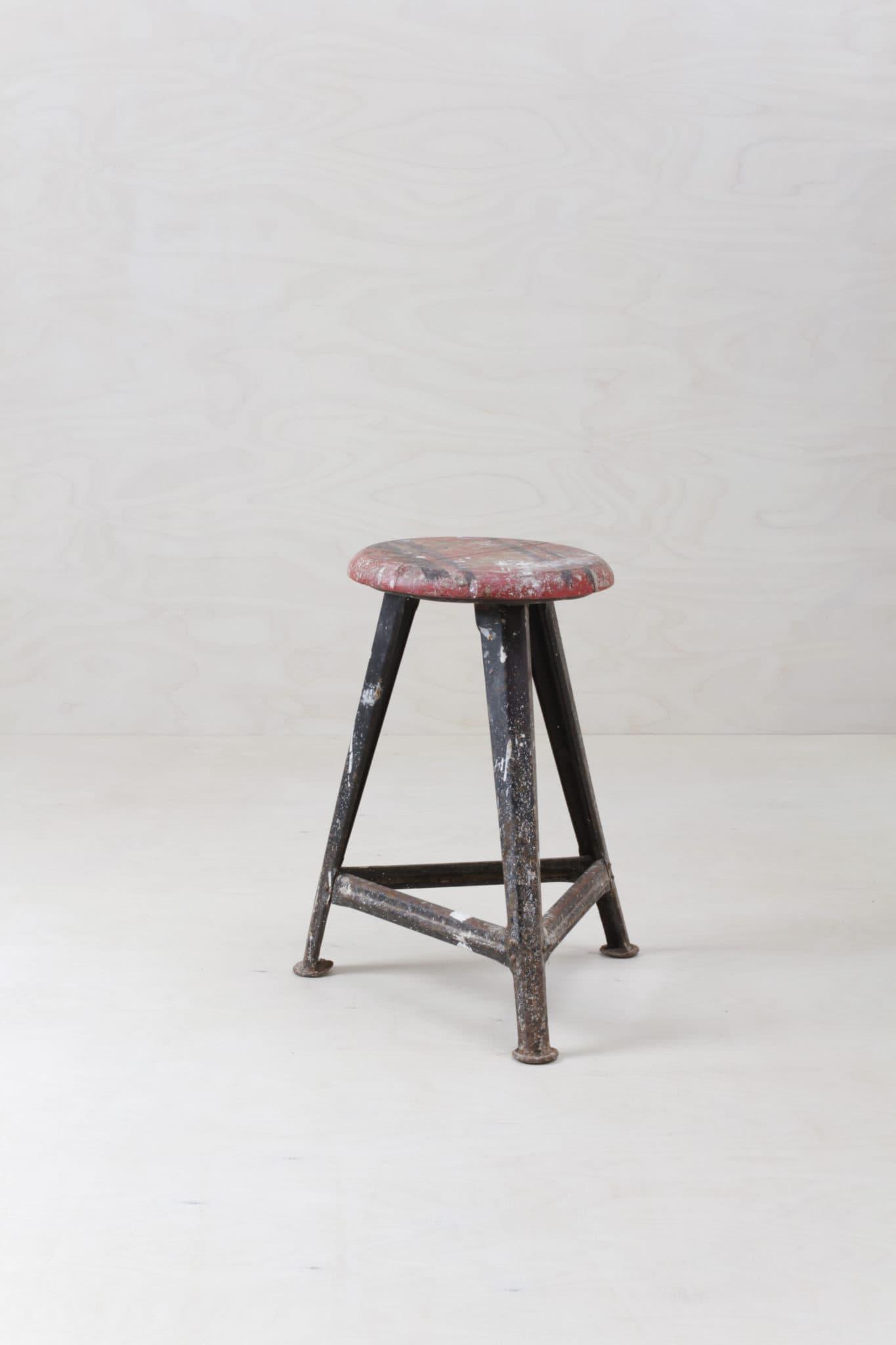 Original Rowac Hocker, Industrial Look, mieten