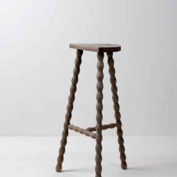 rent metal stools, wooden stools, event decoration