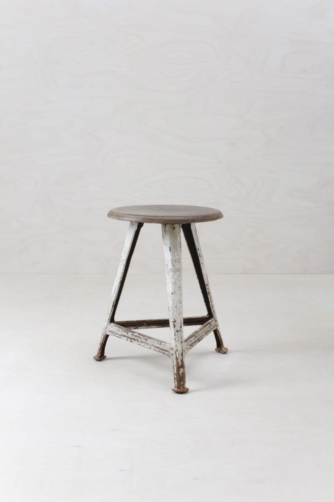 Hocker Marcos Vintage Rowac | Original Rowac Hocker für den beliebten Industrial Look. | gotvintage Rental & Event Design