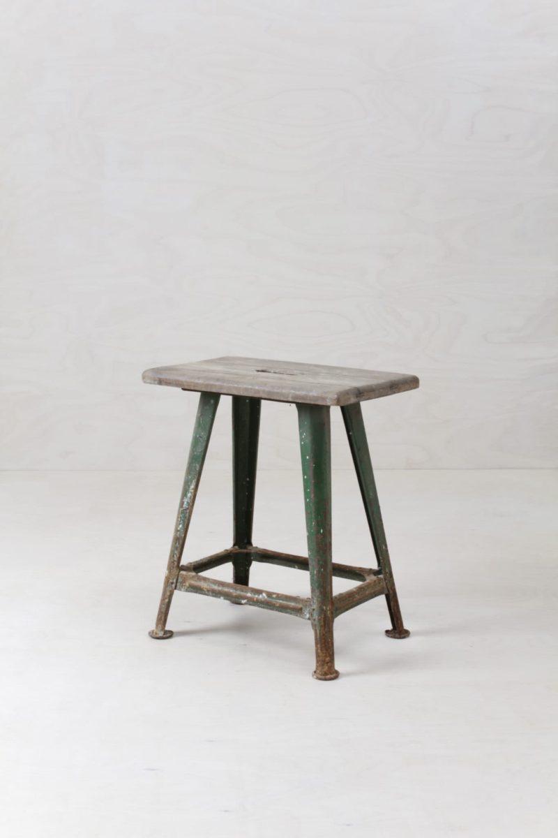 Stool Raulo Vintage Industrial | Workshop stool for a nice industrial look. | gotvintage Rental & Event Design