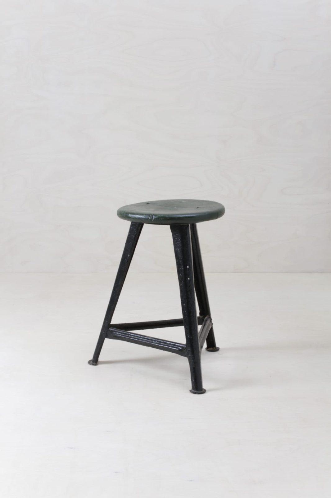 Hocker Vito Vintage Rowac | Original Rowac Hocker für den beliebten Industrial Look. | gotvintage Rental & Event Design