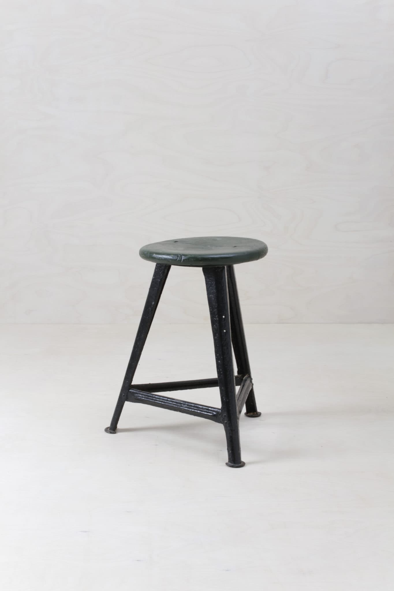 Hocker, Stühle, Sessel, Bänke, Vintage Modern zu mieten
