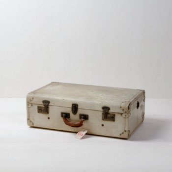 Suitcase Alma | Vintage suitcase. Perfect for decoration. | gotvintage Rental & Event Design