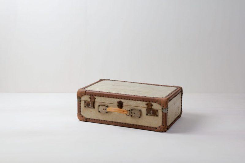 Suitcase Carmela | Vintage suitcase. Perfect for decoration. | gotvintage Rental & Event Design