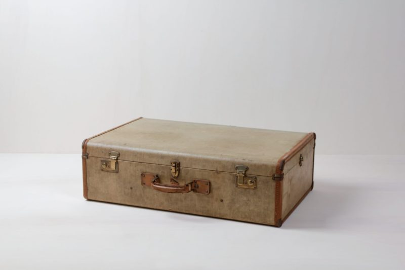 Suitcase Mateo | Vintage suitcase. Perfect for decoration. | gotvintage Rental & Event Design
