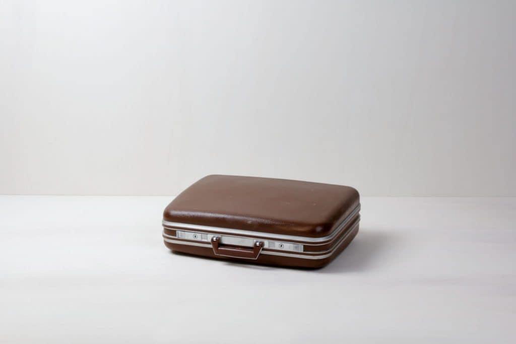 Suitcase Oscar | Vintage suitcase. Perfect for decoration. | gotvintage Rental & Event Design