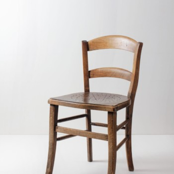 Tavern Chair Javier | Nice tavern chair with beautiful patina. | gotvintage Rental & Event Design
