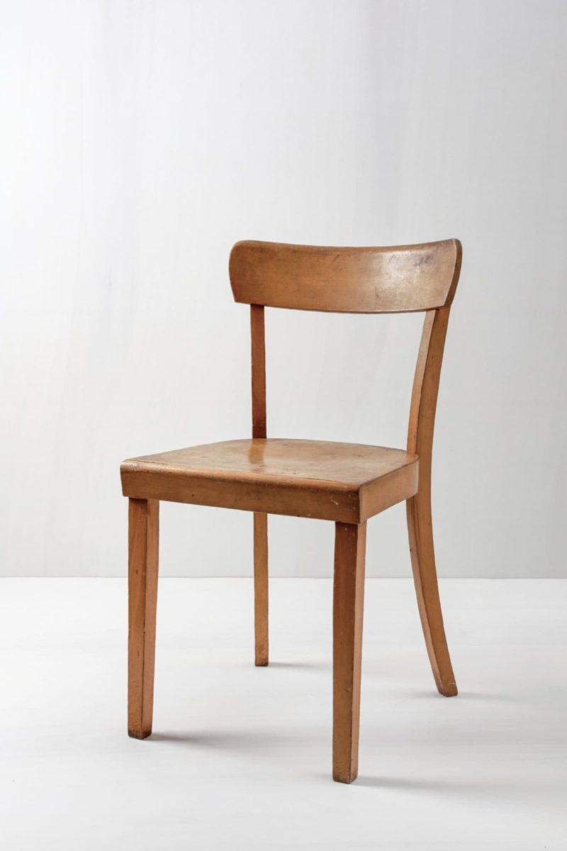 Decorate your event, rent wooden chairs in Berlin, Hamburg
