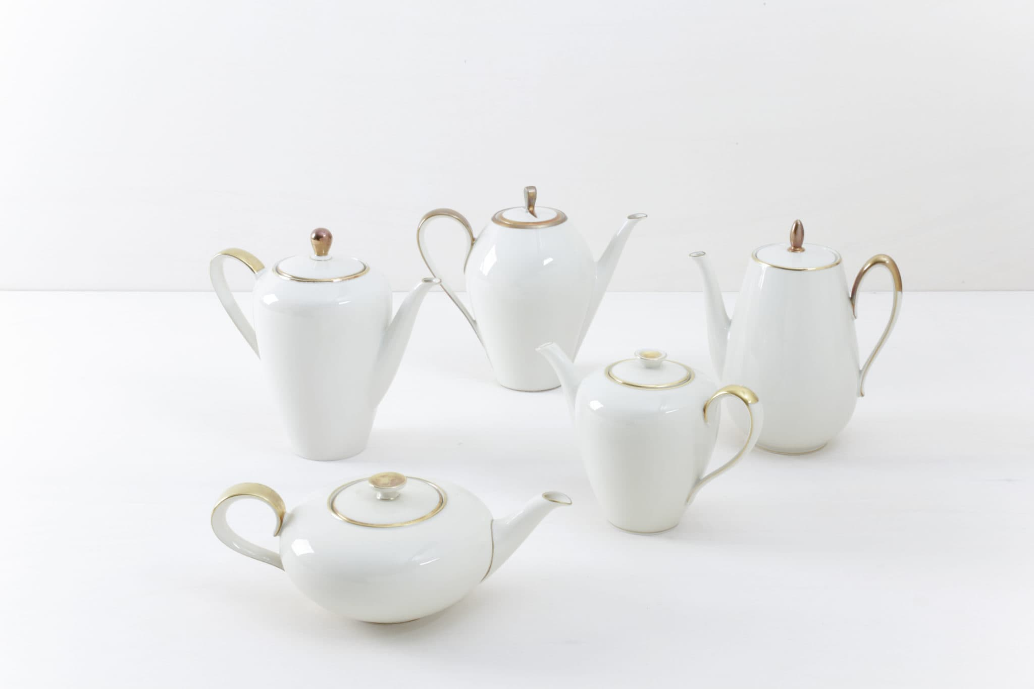 Tea/Coffee Pot Magdalena Ivory/Gold Mismatching