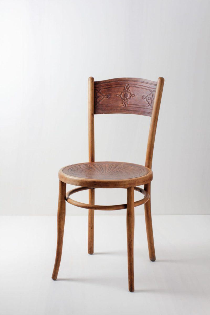 Thonet Stuhl Miguel | Gut erhaltener Thonet Stuhl mit tollem Muster. | gotvintage Rental & Event Design