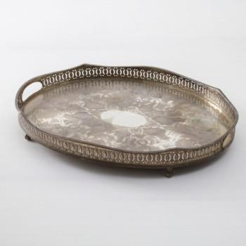 Tablett Limache Vintage | Schönes, altes Tablett mit echter Patina. Zum Servieren oder Dekorieren. | gotvintage Rental & Event Design