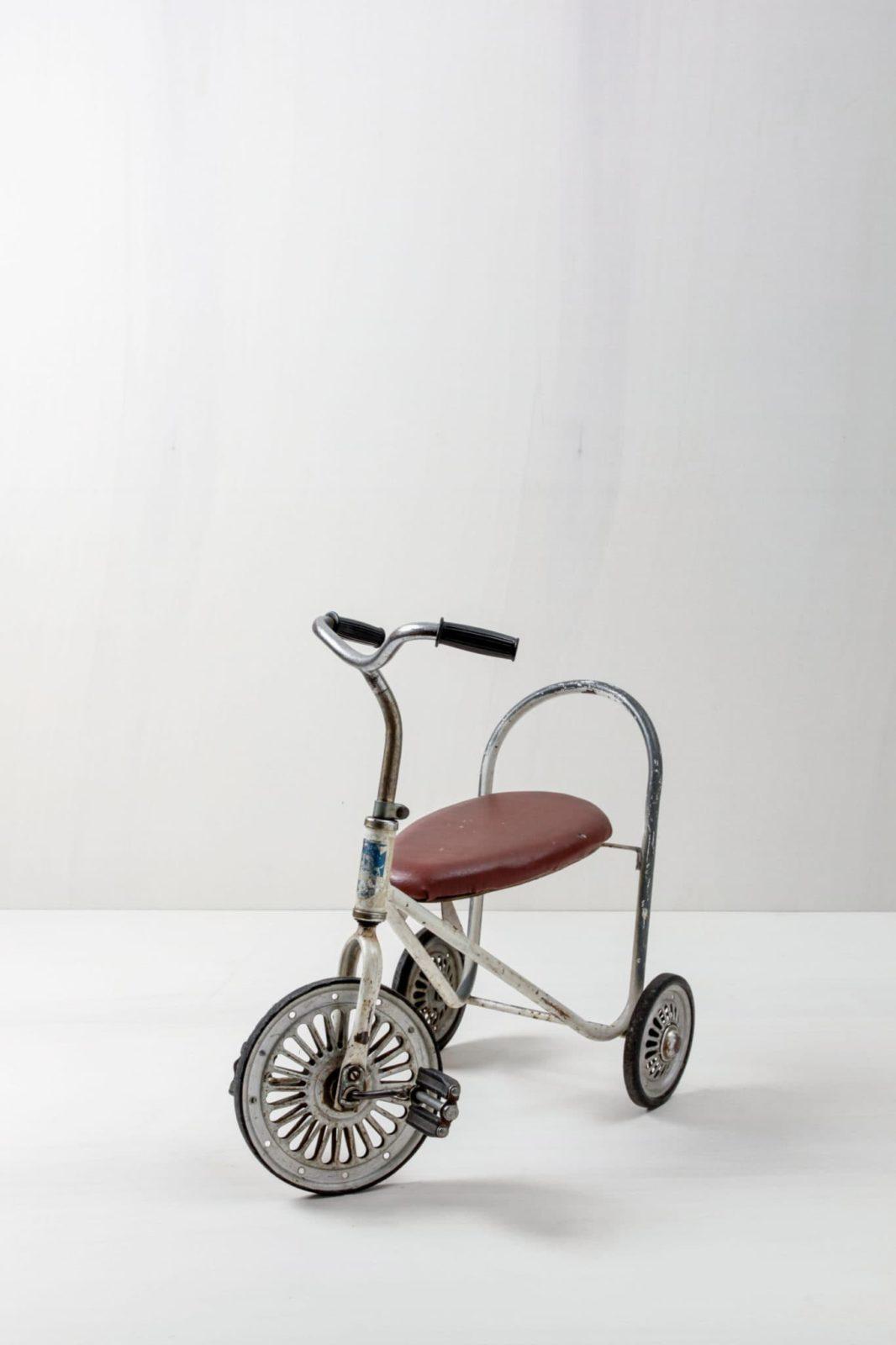 Dreirad Chico | Kleines dekoratives vintage Dreirad für Kinder. | gotvintage Rental & Event Design