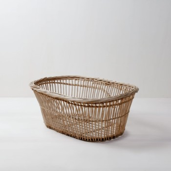 Wicker Basket Basilio | Vintage wicker basket for storing blankets, pillows, or for decoration. | gotvintage Rental & Event Design