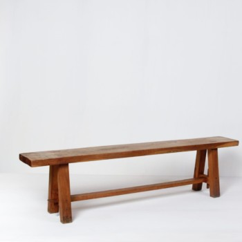 Wooden Bench Heriberto | Beautiful minimalistic bench made from oakwood. Rustic elegance. | gotvintage Rental & Event Design