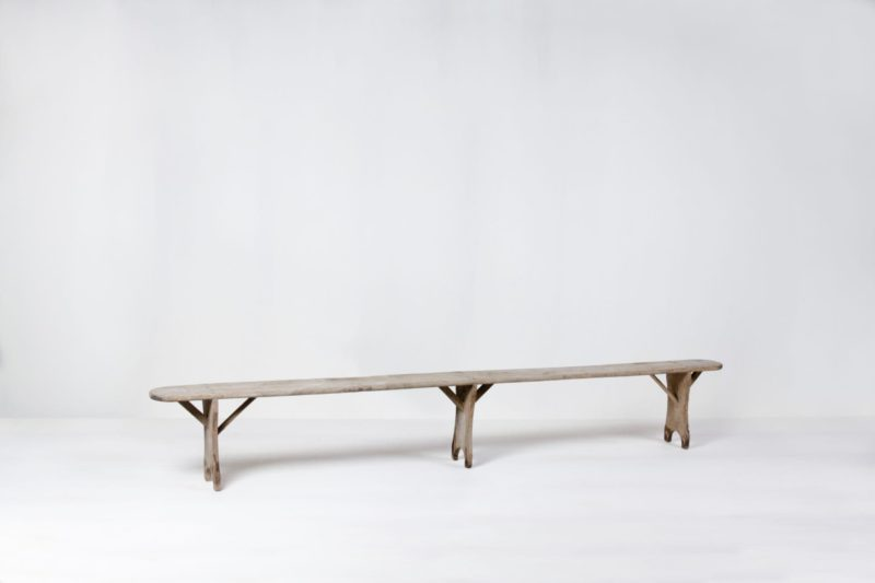 Rent wooden benches for events and event decoration