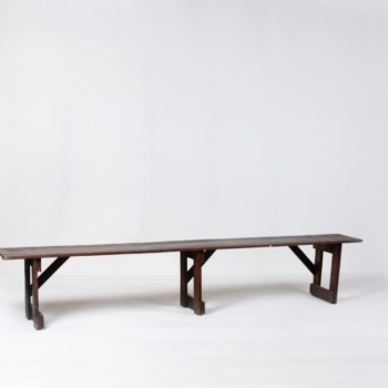 Wooden Bench Leonardo | Cozy bench for outdoor events. Rustic authenticity. | gotvintage Rental & Event Design