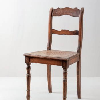Wooden chairs, metal chairs, rung chairs for rent, Berlin