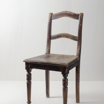 Wooden Dining Chair Pablo | A wooden Biedermeier chair with a story to tell. | gotvintage Rental & Event Design