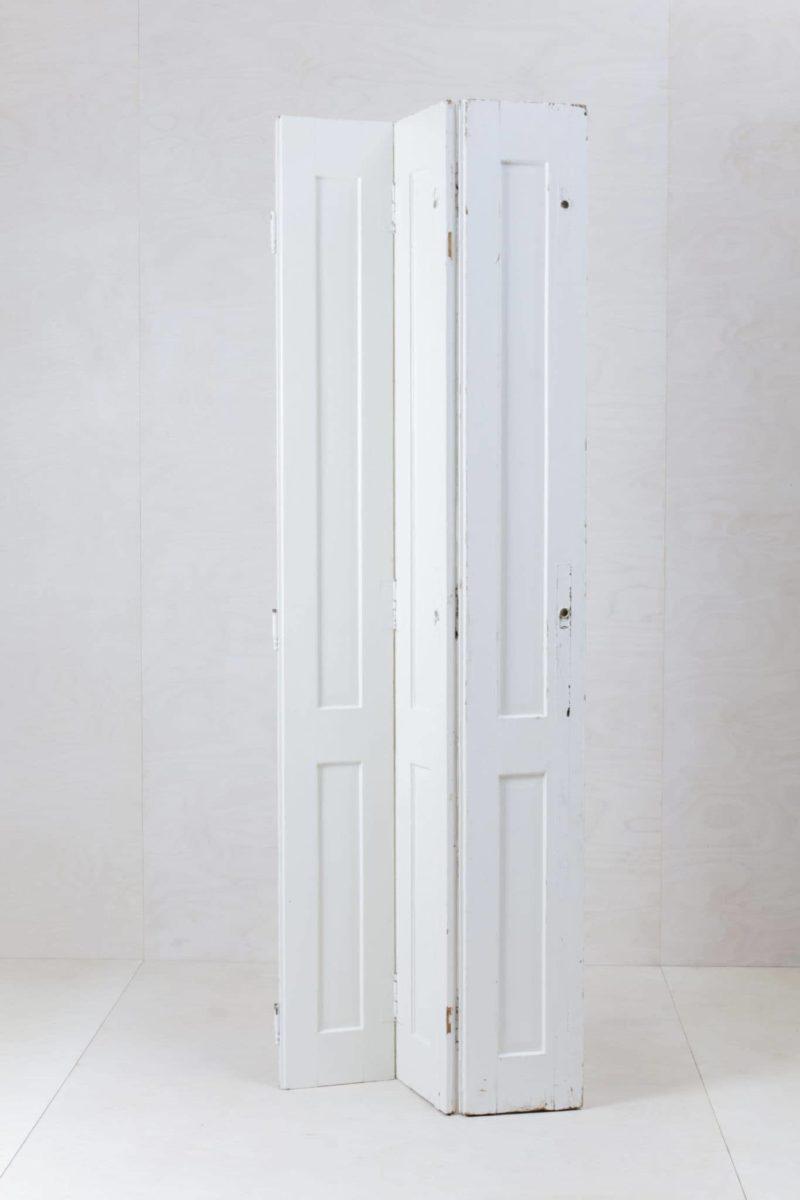 Fensterladen Florentina | Die französischen Fensterläden eignen sich gut als Hintergrund für die Trauung, Bar, Eingang oder Lounge. | gotvintage Rental & Event Design