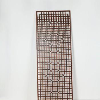 Holztischplatte Rico | Tischplatte mit geometrischen Mustern. Kann mit Glasplatte gemietet werden. Dient auch als eleganter Raumtrenner. | gotvintage Rental & Event Design