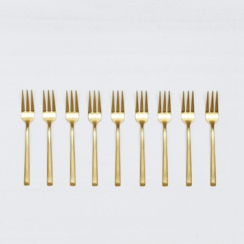 Cake Fork Ines Gold Matte PVD | Matte golden PVD-coated stainless steel dessert fork in a timeless design and with a nice feel. 