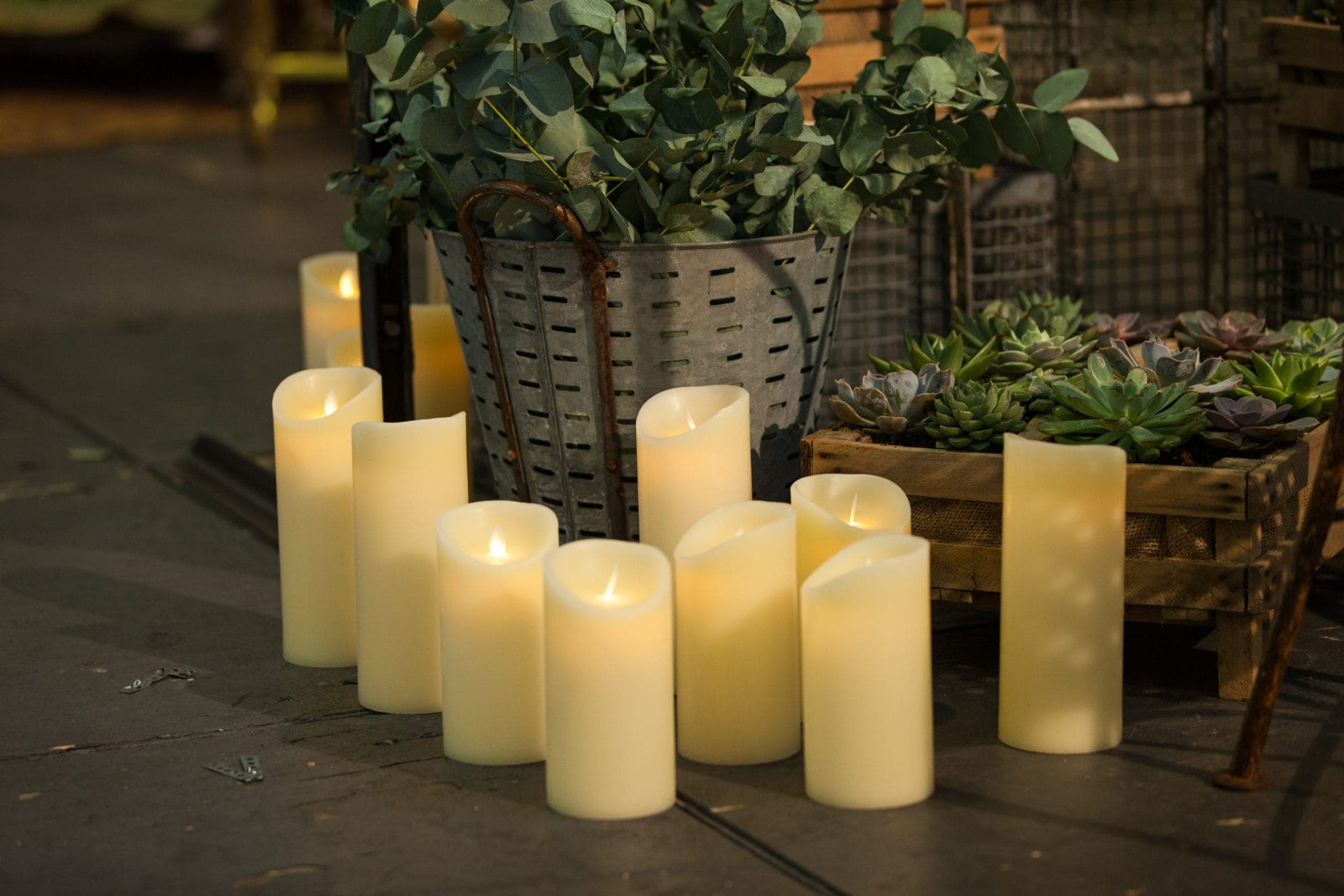 Candle Yolanda Real Wax LED L | With real flame effect and made of real wax, ivory colored LED candle. Delivered with 3x AA batteries, the flickering candle light lasts several hundreds of hours. Available in three different sizes: S, M, L. | gotvintage Rental & Event Design