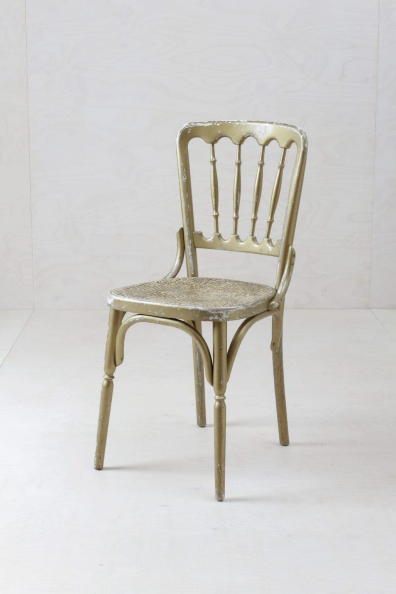Original vintage chairs for rent in Chiavari Style