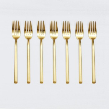 Dinner Fork Ines Cutlery Gold Matt | With the cutlery series Ines we rent out wonderful, matt-gold stainless steel cutlery. The cutlery has a wonderful haptic and looks equally good for different types of events. Whether on a colourful table setting combined with strong colours, an elegant, minimalistic wedding or a stylish business dinner - our matt gold cutlery Ines is an excellent choice for your event. Hire the dinner fork Ines to delight your guests with the special cutlery. Matching the matt gold dinner fork Ines, we also offer starter forks, starter knives, dinner knives, as well as table spoons, teaspoons and last but not least, cake shovels, serving spoons and butter shovels for rent. | gotvintage Rental & Event Design