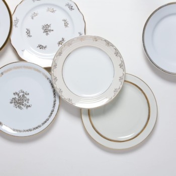 Speiseteller Margarita Gold Mismatching | Mismatching Speiseteller mit goldenen Details. | gotvintage Rental & Event Design