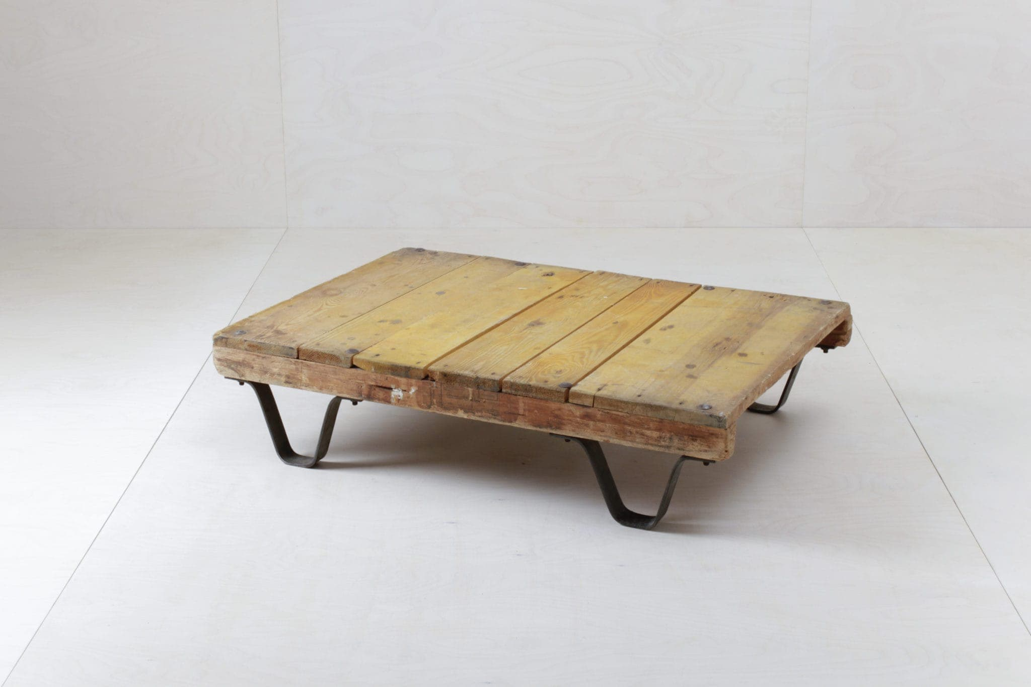 Vintage Möbel mieten