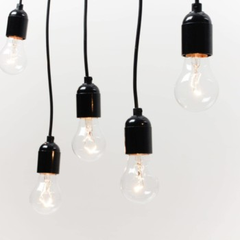 Pendant Light Bulbs Delmar | Our pendant lights, just single ones or coming as a bouquet of light bulbs. Creating wonderful light. | gotvintage Rental & Event Design