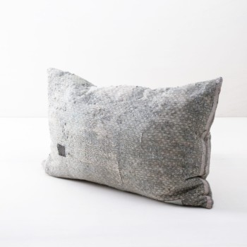 Pillow Ama 40x60 | Different vintage cotton fabrics brought into new shape making this single piece an ideal element to give your decoration another touch. | gotvintage Rental & Event Design