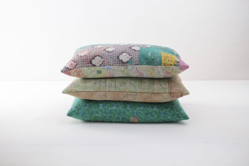 Rent colourful pillows, blankets