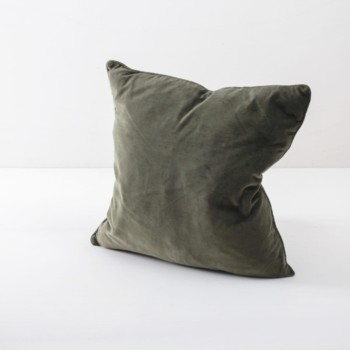 Pillow Marina Dark Green 50x50 | Soft velvet pillows made from cotton. Several colours to combine such as blush, blue and pink. | gotvintage Rental & Event Design