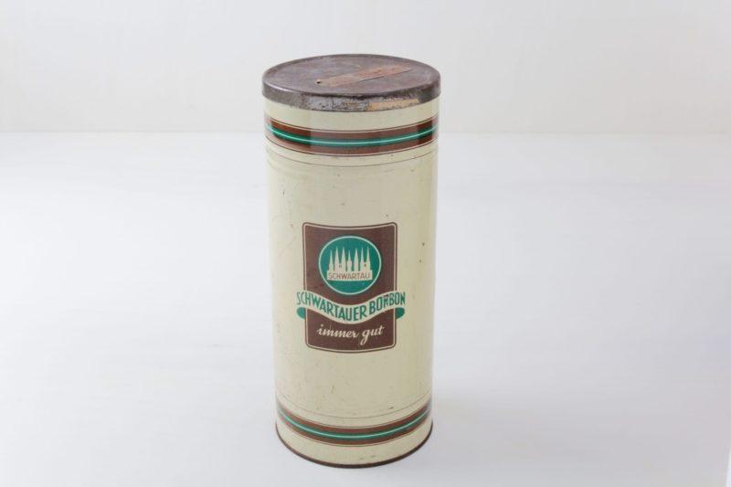 Blechdose Liana   Vintage Schwartau Bonbondose. Schöner Behälter für die Raumdeko.   gotvintage Rental & Event Design