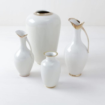 Mismatching vases, gold rim, rent, Berlin, Hamburg, Cologne