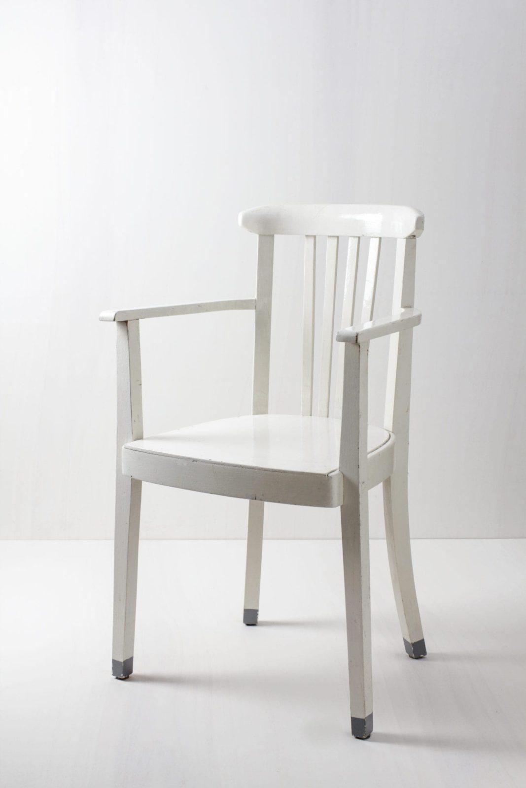 Armchair Josefa | Dining chair with nice patina and a high backrest. Frankfurt chair, Viennese avant-garde style. | gotvintage Rental & Event Design