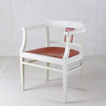 Armlehnenstuhl Yanamarie | Schöne Armlehnen Stühle, dazu passend haben wir auch die Sitzbank und den Tisch. | gotvintage Rental & Event Design