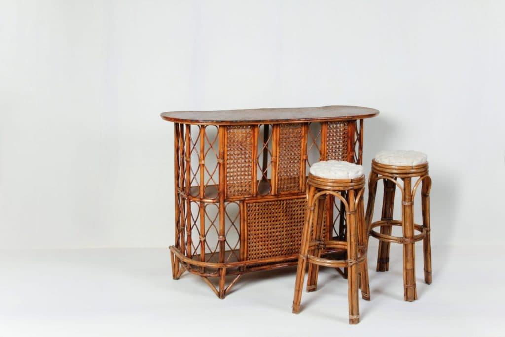 Bambusbar Ruben   Vintage Bambus-Bar, die Urlaubsgefühl vermittelt. Ideal auch als kleine Anrichte.   gotvintage Rental & Event Design
