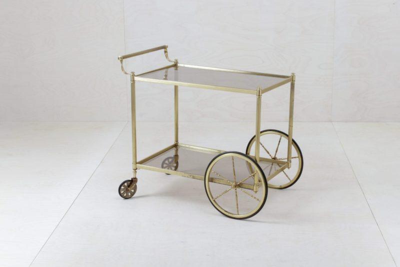 Golden serving trolley, glassdecoration, wedding decoration